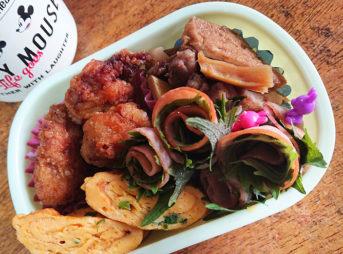 鶏肉とたけのこの煮物&W唐揚げ弁当